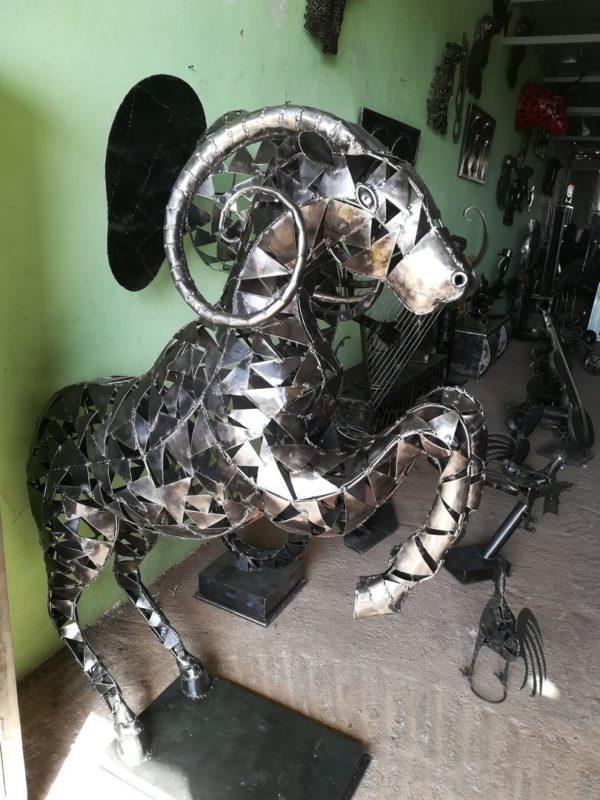 Sculpture BELIER