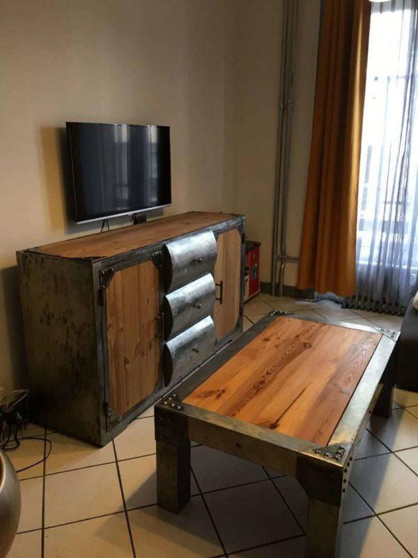 Table basse modèle EXTRABALL
