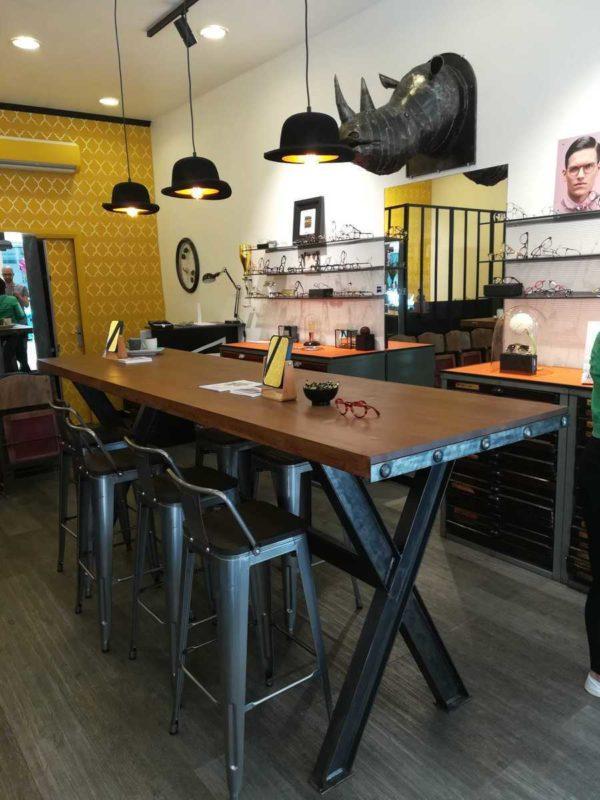 Table de salle à manger en métal et bois modèle BLEND