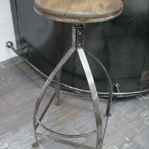Tabouret de bar modèle YOU